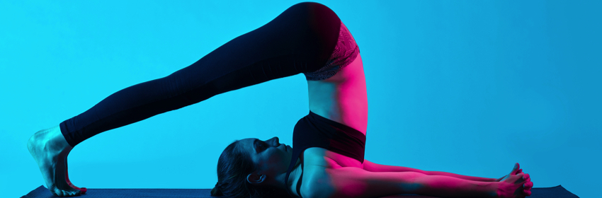 gedraaide ploeg yoga